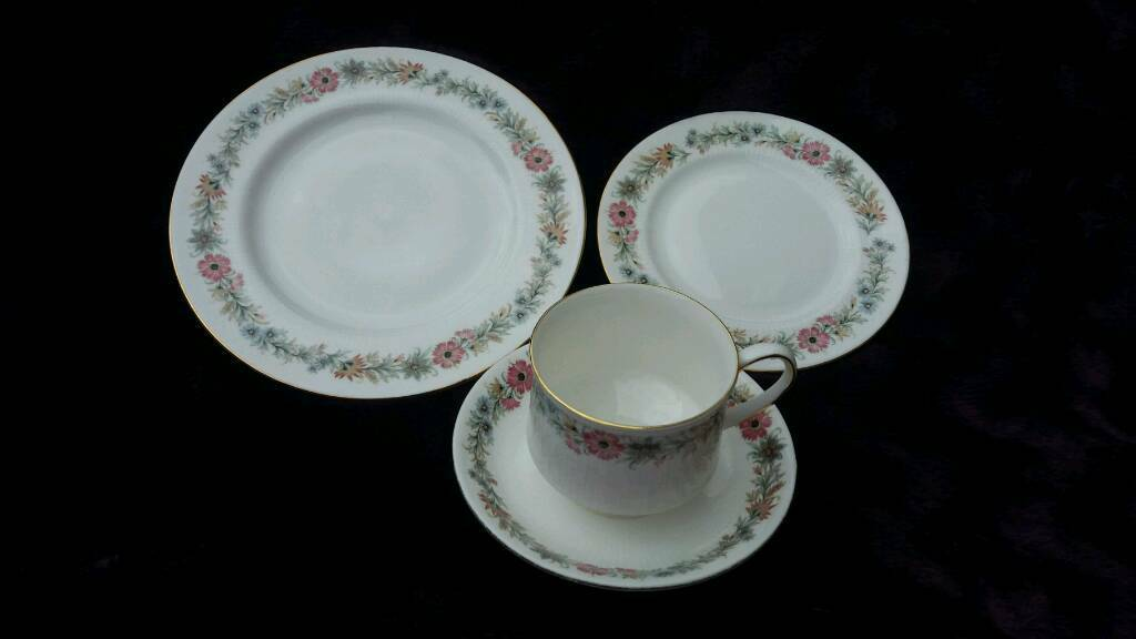 Paragon China Ltd Belindain Witney, OxfordshireGumtree - Belinda Fine Bone China Cup and Saucer, Tea Plate, Side Plate. 11 sets available. £10.50 each. Spare saucer £3 and 6 spare side plates £3 each