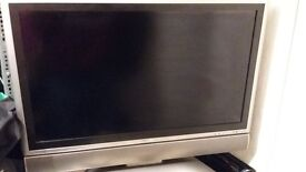 """A 37"""" SHARP LCD FREEVEIW TV STUCK ON STANDBY WITH REMOTE LC-37GD9E"""