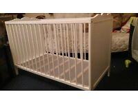 very nice baby cot