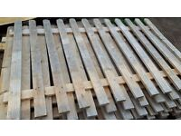 Faded clearance stock of cedar 6ftx4ft picket fence -£6 pcs available job lot