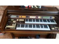 free electronic keyboard . immaculate condition . must collect