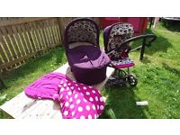 Mamas and papas sola 2 (pushchair + new carrycot + footmuff)