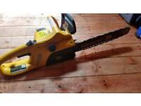 Jcb electric chainsaw