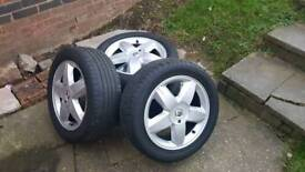"""4 x Renault 16"""" alloy wheels with good tyres 205/55/16"""