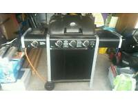 Gas burner barbecue