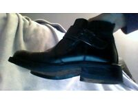 Mens Barratts Leather Boots Size 10