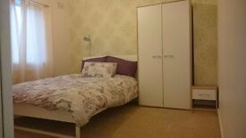 Spacious double in 3 Bed Cheylesmore house, stones throw from city centre, Cov Uni + train station.