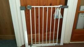 Safety baby stairs gate