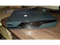 CISCO 877-M router - DSL modem - desktop / WORKING / NO POWER SUPPLY
