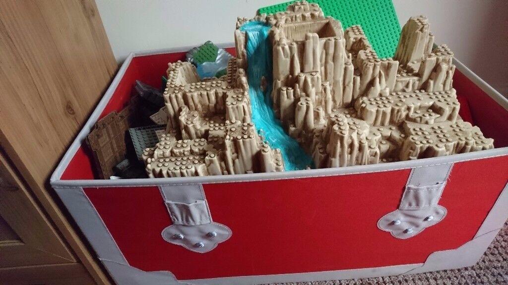 Lego Inc pirates Island & lots of vehicles