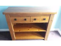 SIDEBOARD IN PINE FINISH