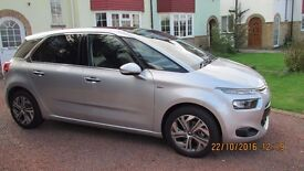 Citroen C4 Picasso Exclusive+ manual, 1.6 BlueHdi 120, only 6000 miles, 2015 (65 plate)
