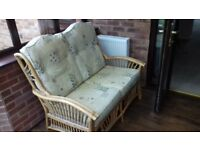 Conservatory furniture. Sofa, 2 Armchairs, Side Table