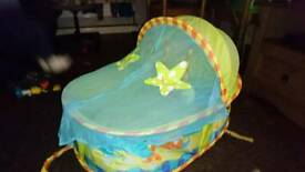 Pop up baby crib