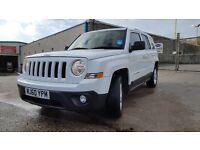 Jeep patriot 2011 white 2.2L CRD