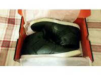 Mossimo High Top Trainers Size 8