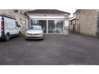 Car van showroom & forecourt to rent in Bath