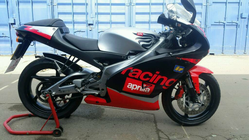 aprilia rs 125 2 stroke in dagenham london gumtree. Black Bedroom Furniture Sets. Home Design Ideas