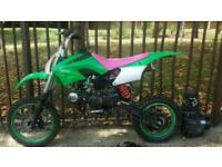 Akuma Assassin 125cc pit bike pitbike not 110cc