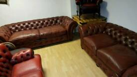 Lovely Large 3+2setter Chesterfield. Excellent condition