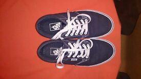 Boys vans branded shoes uk size5