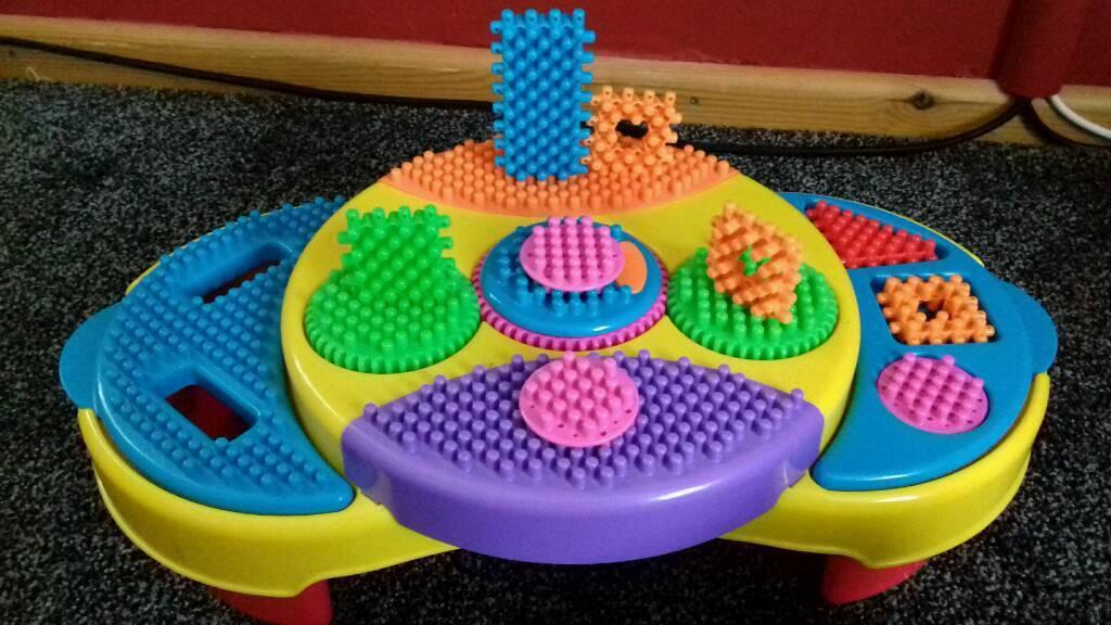Playskool Clipo Creativity Table