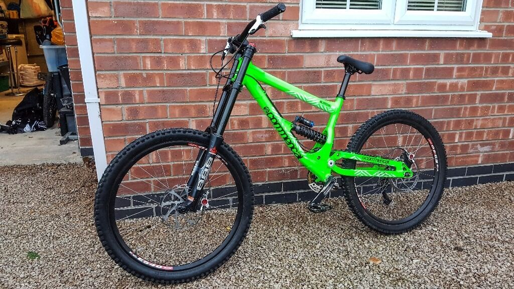 2011 12 Commencal Supreme Dh Bike Lots Of Mods Downhill Mountain