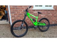 2011/12 commencal supreme DH bike, lots of mods. downhill mountain bike, jump, bmx, car, swap