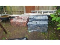 Charcoal and brindle keyblock bricks