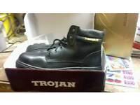 trojan work boots size 12