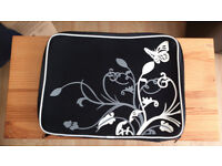 Laptop Neoprene Anti-shock Sleeve – Black & White Butterflies 17inch