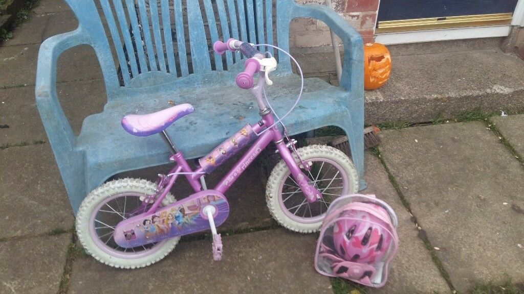 2x Girls bmxs yes thats 2 for sale