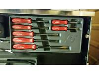 Snap on screw driver set in as new condition
