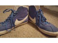 Nike Womens trainers, Blue, UK size 6