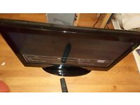"""CELCUS LCD TV 32"""" FREE WITH REMOTE"""