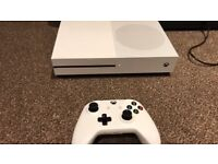 Xbox One S 500gb - boxed