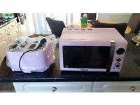 Swan pink microwave and toaster retro new