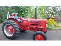 International 275 tractor 1965