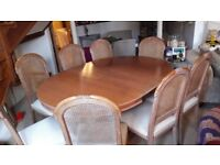WESLEY BARRELL Dining table and 8 chairs - vintage, fabulous condition