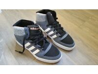 ADIDAS TRAINERS LOW CUT BOOT SIZE 4 BRAND NEW WITH TAGS