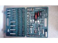 Unused 93 piece chrome vanadium socket set in case.