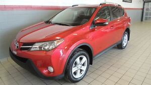 2014 Toyota RAV4 XLE 4WD FULL TOIT OUVRANT- MAGS