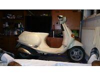 2004 Piaggio Vespa 50cc low milage
