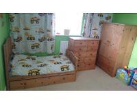 Groving up nursery/kids bedroom furniture set