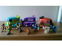 2 SCOOBY DOO PLAYSETS