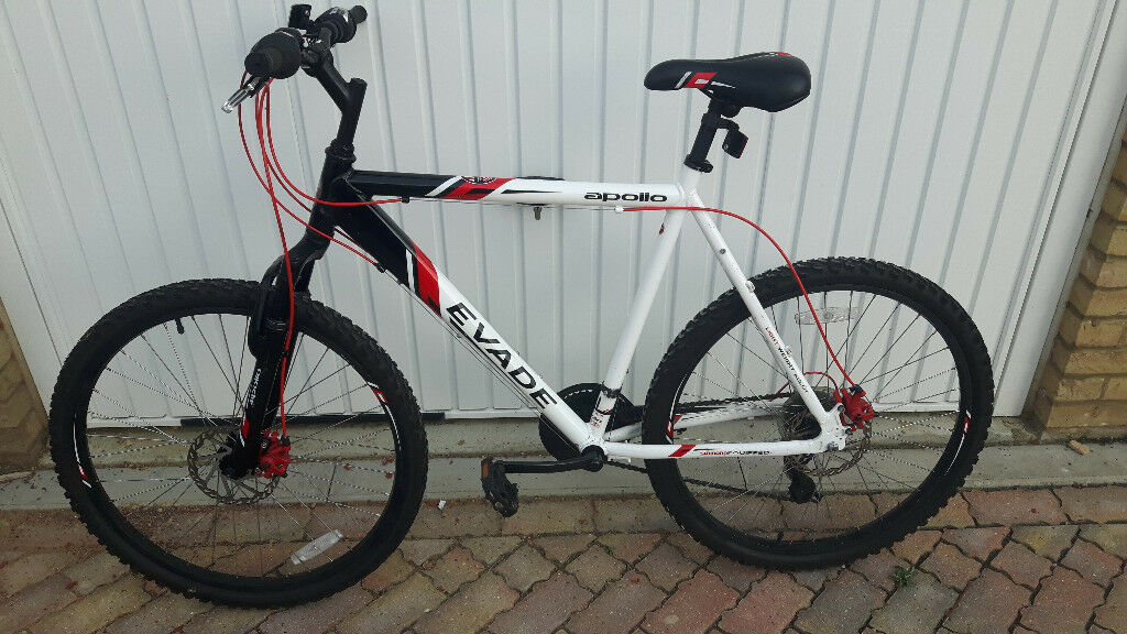 Apollo Evade Mountain bike with Front/Rear Disc Brakes, Front suspensions. Like New