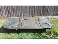 Nash H-Gun Wideboy - 4 leg bedchair