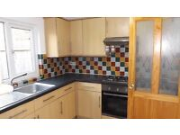 Newly decorated 3 Double bedroom HOUSE in Camberwell!! and close to Oval underground station