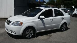 2011 Chevrolet Aveo LT,Automatique ,toit ouvrant,  103,000 kilom