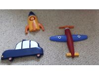 Set of 3 wooden wall plaques for boys bedroom